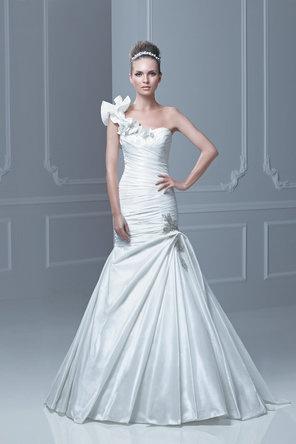 158 best mermaid wedding dresses images on Pinterest   Wedding ...