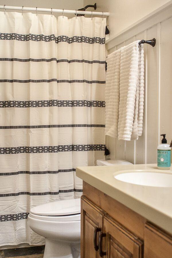 5 Inexpensive Ways To Update Your Bathroom Decor Simple Bathroom