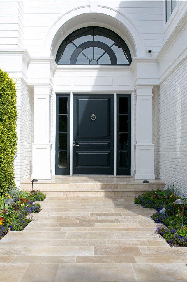 Doors Design: Front Door With A Grand Entrance. Classic Front Door