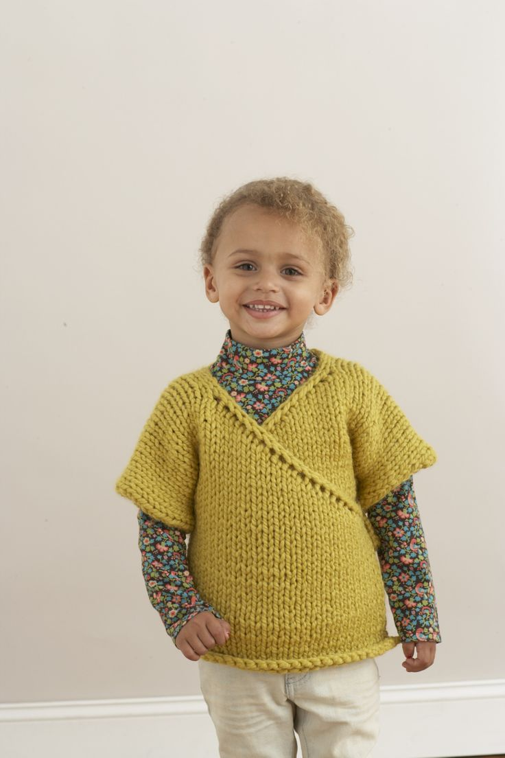 Free Knitting Pattern Baby Kimono Sweater : 1000+ images about Yarnwork on Pinterest Cowl patterns, Stitches and Yarns