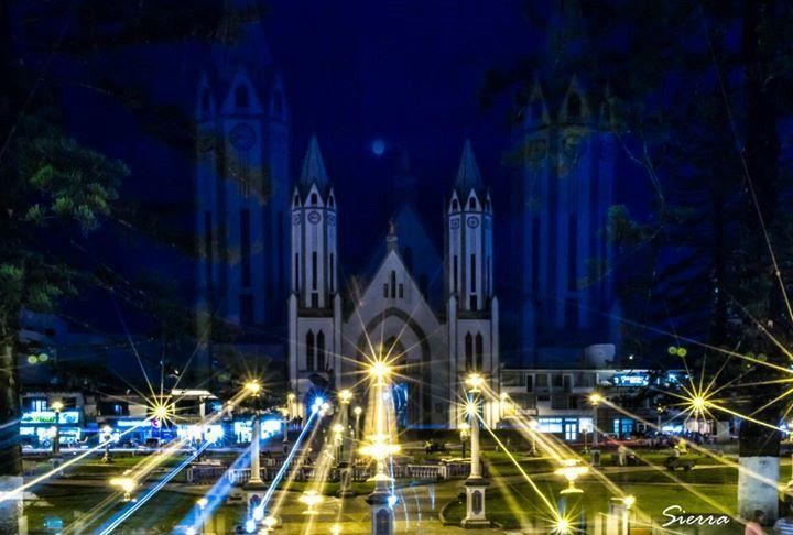 Iglesia noche