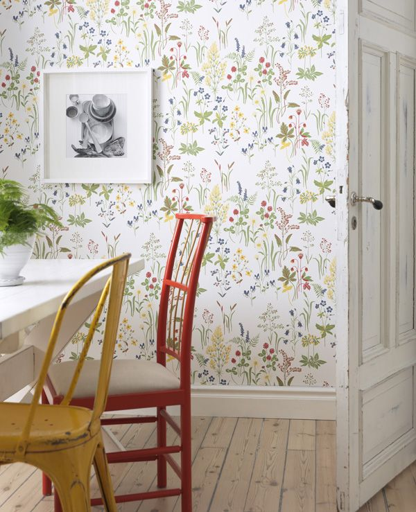 Botanical wallpapers from Sandberg, on Patchwork Harmony. super cute to brighten up a closet!