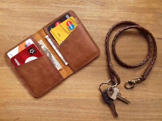 Mira este artículo en mi tienda de Etsy: https://www.etsy.com/es/listing/545309268/wallet-leather-wallet-men-wallet-men