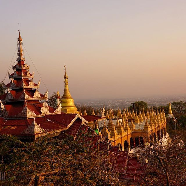 Set atop Mandalay Hill is the striking Sutaungpyi Pagoda. This beautiful spot is best enjoyed at sunrise or sunset- but be sure to allow some extra time to check out the stunning surroundings ✨ . . . #planetdiscovery #nationaldestinarions #greatshotz #sharetravelpics #thegreatplanet #globecentre #wowplacestogo #travellergoalz #openmyworld #wanderlust #worldtravelpics #instagood #instatravel #worlderlust #picoftheday #travelingshoot #travelstoke #travel #hiddentravels #beautifulworld…