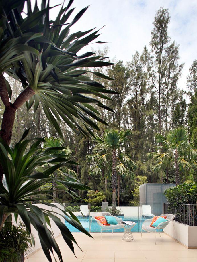 SYRB Balcon East #syrb #modern #interior #design #outdoor #diamond #bertoia #knoll #pool #blue #orange
