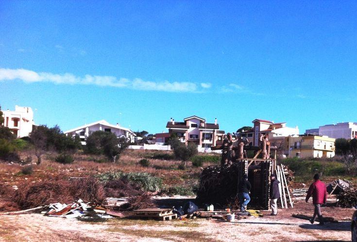 Iniziata la costruzione della foc'ra di San Ciro a Grottaglie