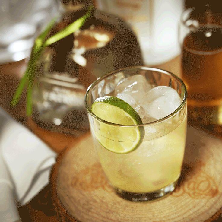 Classic Margarita: The Hacienda Margarita by Andrés Moran. | #margaritas #cocktails #perfectmargarita