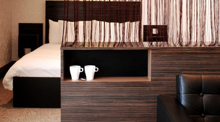 The Big Sleep Cheltenham hotel uses Formica® Laminate to great effect