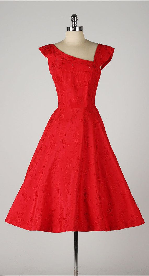 vintage 1950s dress . red embroiderey . by ...