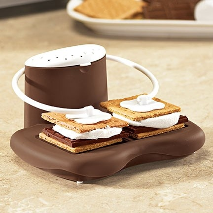 microwave s'mores..for the times a campfire isn't in the cards.