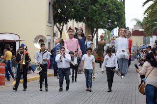 EN EL DÍA MÁS IMPORTANTE DE LA FERIA DE LOS CHICAHUALES, SE REALIZÓ EL DESFILE DE CULTURA Y TRADICIONES