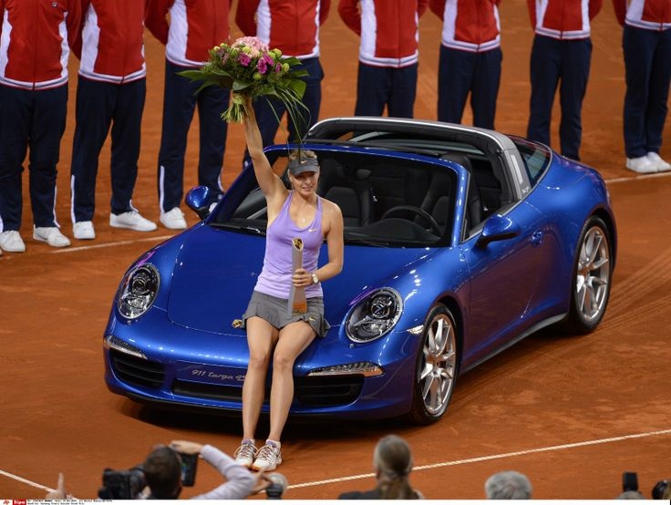 Porsche and Girls - Page 11 7d19e1dafe4b3f2bf323711046d8160f