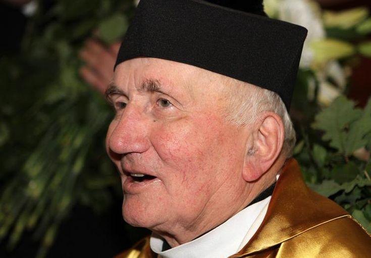Fue seminarista clandestino, después fue inspector de la Policía soviética... y cura a los 63 años