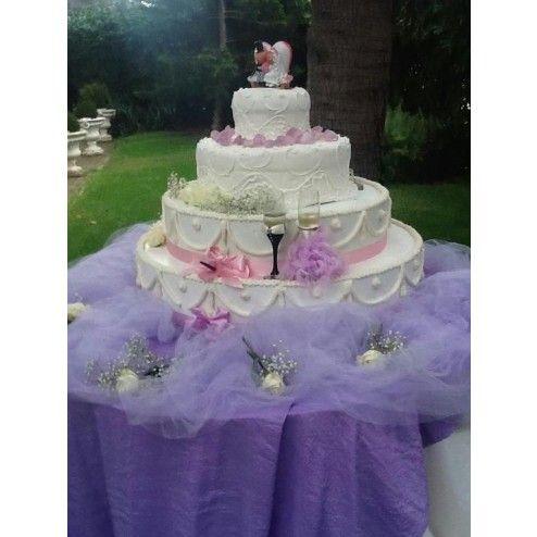 Torta a Piani Americana - Wedding Cake Roma, Torte Nuziali, Matrimonio  http://www.sweet-dreams.it/catalogo-40/torte-nuziali/torta-a-piani-americana.html