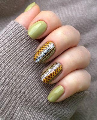 Ksu Esu: Этнический орнамент в маникюре http://www.ladyqueen.com/flower-letter-x-square-mesh-nail-art-stamp-template-image-plate-hehe019.html