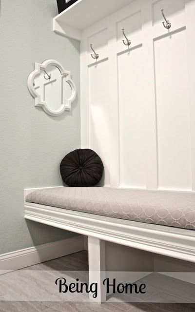 DIY mudroom bench... would be PERFECT with storage boxes underneath! LOVE this.