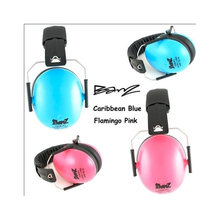 Noise cancelling head phones.