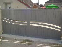 Portail alu coulissant simple vantail à Châtillon-sur-Cher. #portail #aluminium