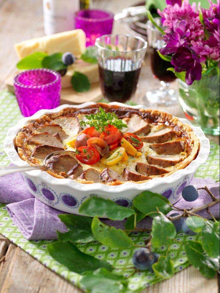 Bjud på matig paj med fläskfilé, ädelost och broccoli. Ett recept med mycket smak!