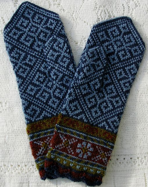 Ravelry: sweatergoddess' Latvian Mittens - Smoke Blue Elkhorn