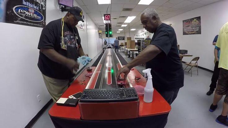 Slot Car Drag Racing (Tippy & Andre) - YouTube