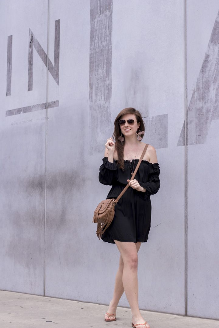 black off shoulder dress, girl, girly, summer look, summer outfit, California girl, Made in LA wall, Made in LA Wand, Ray Ban sunglasses, outfit inspiration, black, streetstyle, streetfashion, streetwear, Fashionblog Deutschland
