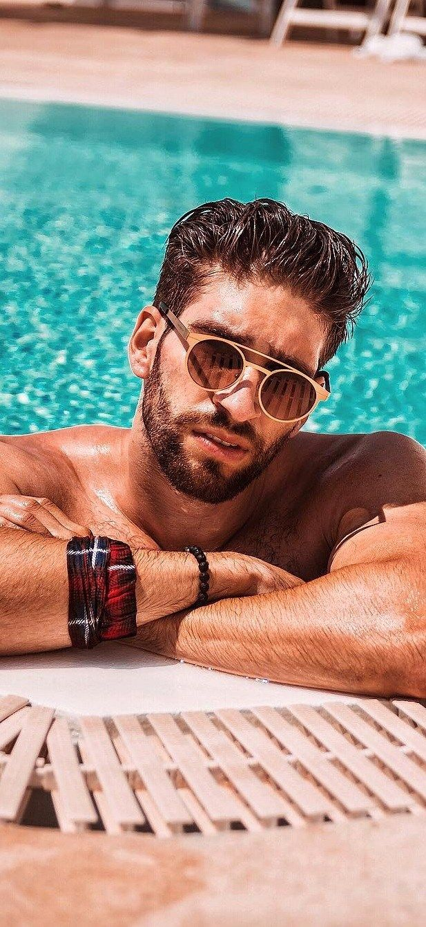 cf7d5fa4bfa51 5 Must Have Sunglasses For Men To Not Miss In 2019