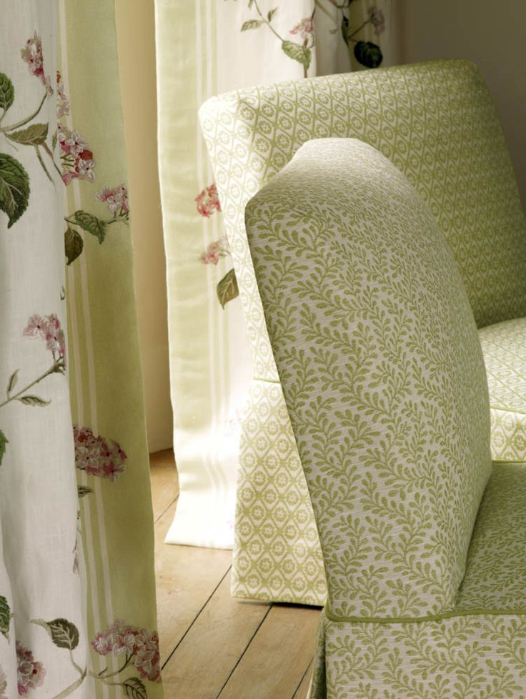 Colefax And Fowleru0027s Rushmere (chairs), Summerby Linen (drapes)  #colefaxandfowler #