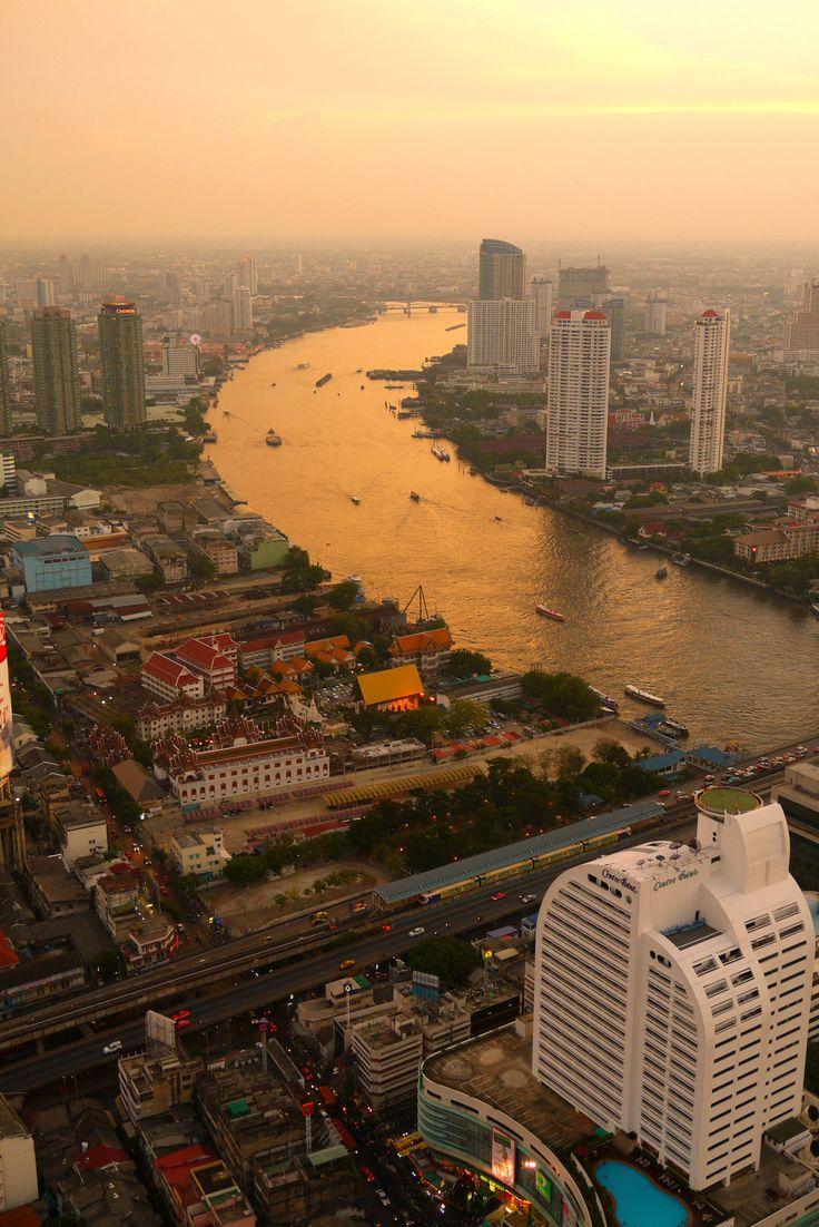 Chao Phraya sunset, Bangkok   Thailand (by Tim Willcox)