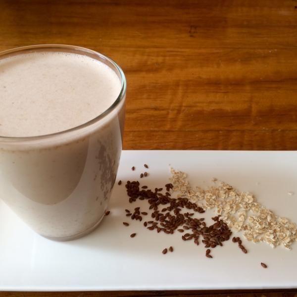 Aprende a preparar leche de avena y linaza para adelgazar con esta rica y fácil receta.  En esta ocasión aprenderemos a realizar una bebida adelgazaste, la leche de...