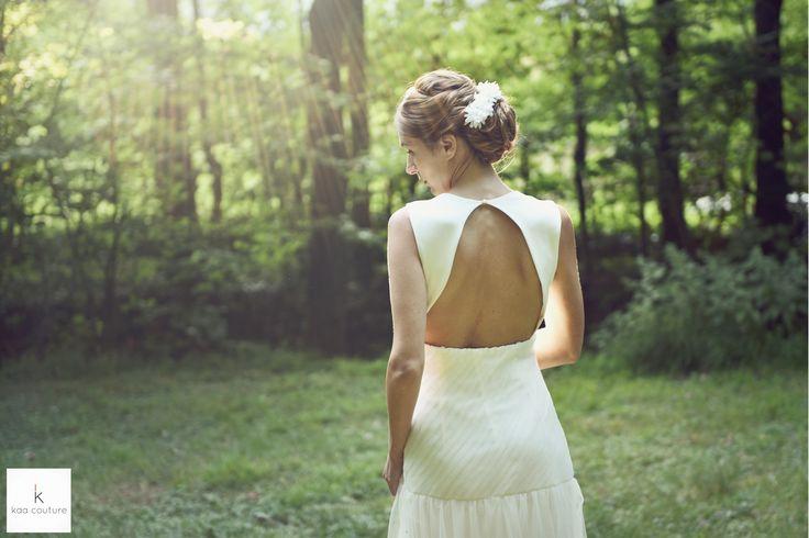 www.kaacouture.com modèle Sophie. kaa couture créatrice de robe de mariée à lyon. mariée / longue credit: Eulalie Varenne