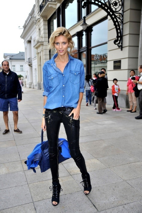 .Anjarubik, Fashion, Street Style, Denim Shirts, Jeans, Sequins Pants, Leather Pants, Anja Rubik