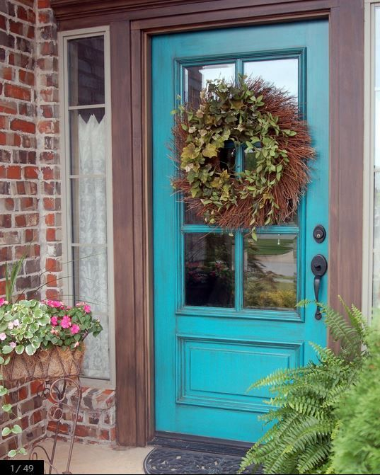 Small Enclosed Front Porch Entry: HOW TO DECORATE A SMALL FRONT PORCH Sometimes Small