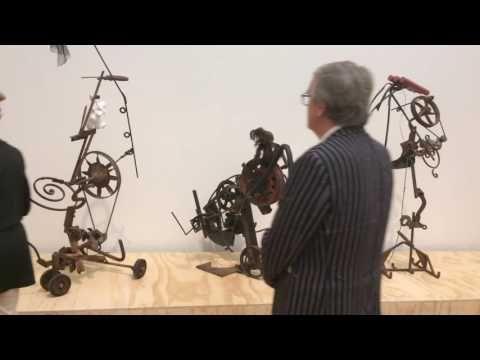 Jean Tinguely Stedelijk Amsterdam met bluesmuziek - YouTube