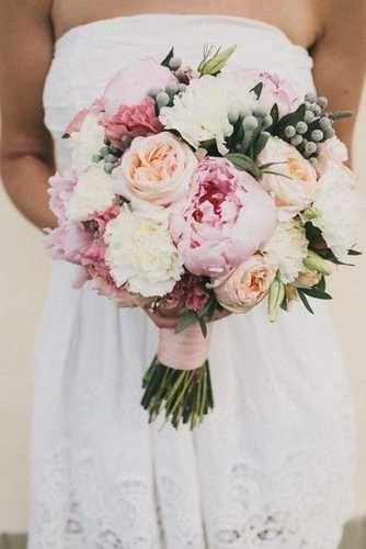 Значение цветов в букете невесты, поможет вам в создании шедевра! Ромашки и герберы, Тюльпаны, Лилии и каллы, Орхидеи, Подсолнухи, Розы, Гортензии, Пионы, Гардении