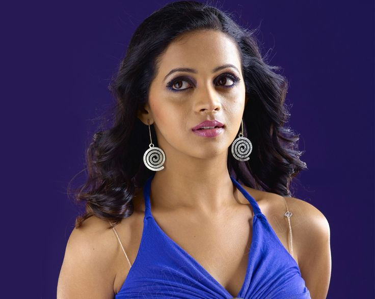 South Indian Actress Bhavana    http://www.nicewallpapers.in/wallpaper/south-indian-actress-bhavana