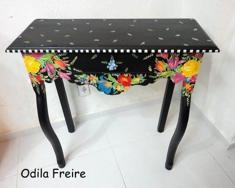 Fabulous hand painted furniture from Odila Freire <3 <3