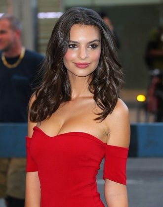 blurred lines robin thicke red dress off the shoulder bodycon knee length casual dressy model emily ratajkowski dress