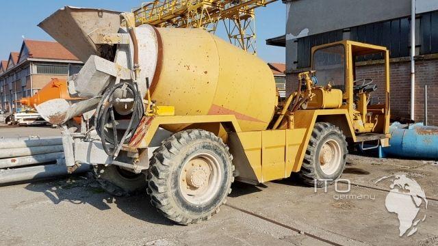 Gebrauchte Tunnelbaumaschine Betonmischer 4x4x4 gebraucht in gutem Zustand zu verkaufen. Tunnelbaumaschine Beton Mixer #tunnel #beton #mixer #truck #underground #tunneling #machine #tbm #tunnelbagger #bergbau