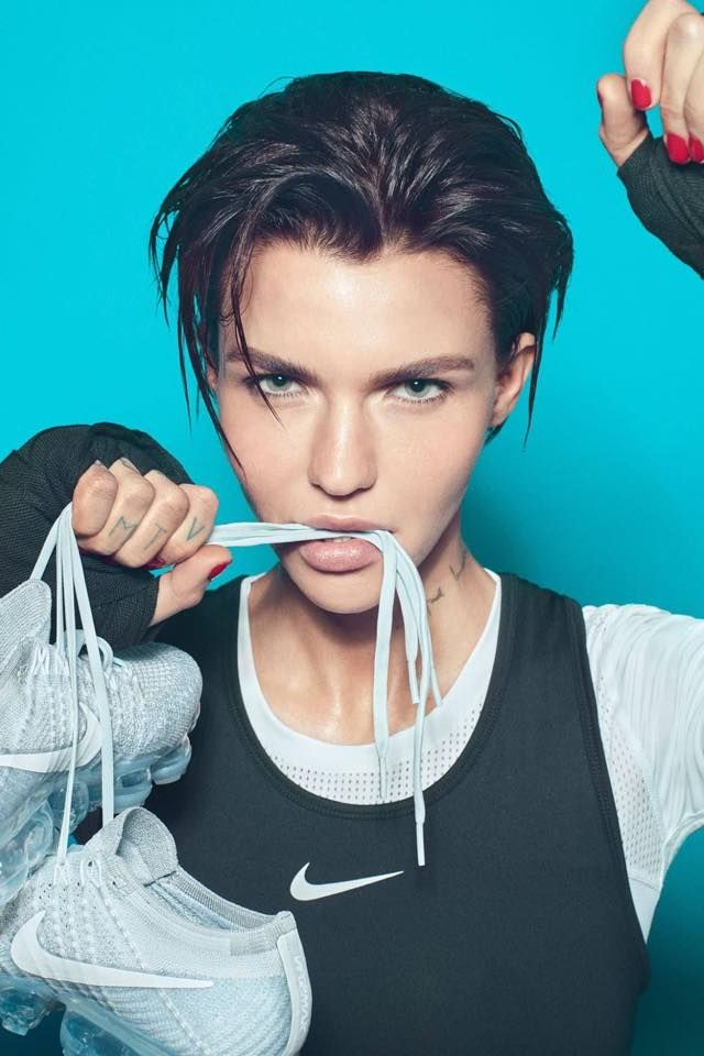 Y para todos los fans de la actriz, modelo y DJ australiana Ruby Rose (Orange Is the New Black, xXx: Return of Xander Cage), aquí tenemo...
