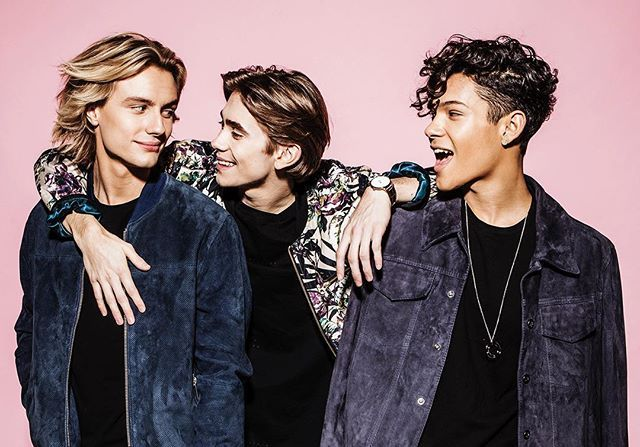 HAPPY NEW YEAR This year has had its ups and downs for sure but one thing never changed and that's your support.❤️ #Foooers, #FoooFamily we love you through eternity and let us just say this, 2017 WE GON BLOW YOUR FREAKIN MINDS!! Who's excited??!?!!