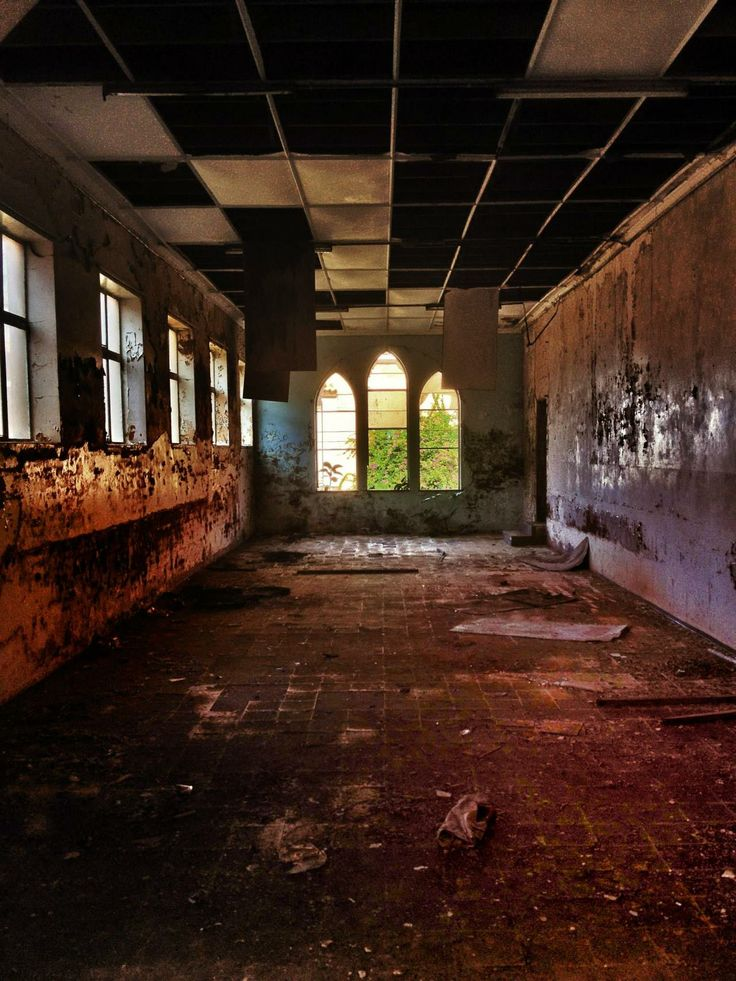 Deserted Convent , Umzumbe, South Africa  Album in comments Source: jimjimcrankswopper (reddit)jimjimcrankswopper:Only had a phone camera available at the time when stumbling upon the place. Here is the album: http://imgur.com/a/apJX3