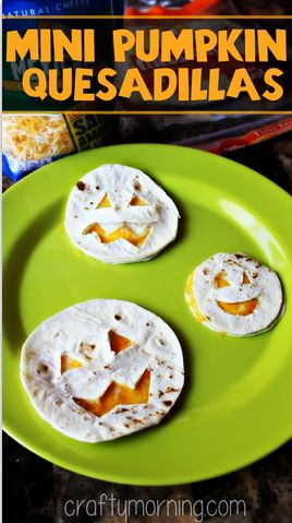 Mini Pumpkin Quesadillas For a Kid's Halloween Lunch #Halloween snack #Jack-o-lanterns | CraftyMorning.com