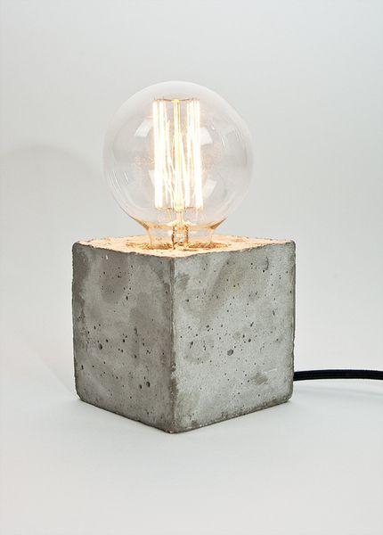 Lampe aus feinem Beton mit Textilkabel // concrete lamp by LJ Lamps via DaWanda.com