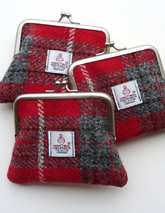 Cheerful red and grey checked Harris Tweed coin purse.  Made in Scotland.