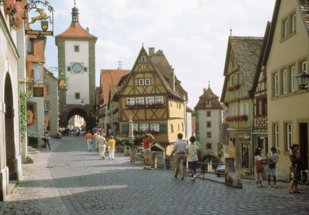 Southern Germany, Frankfurt .  Been here!The Deaf, Buckets Lists, Europe, Medieval Town, Favorite Places, Southern Germany, Romantic Roads, Beautiful Places, Preserves Medieval