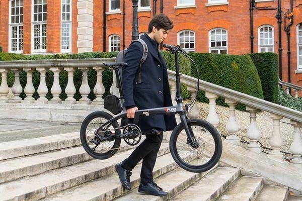 Federleicht Klappbares E Bike Wiegt Nur So Viel Wie Ein Rucksack