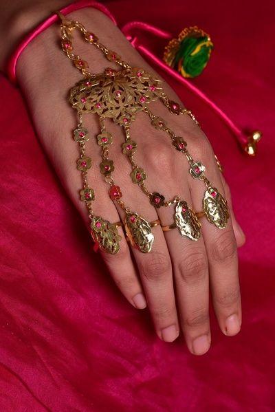 Indian Wedding Jewelry - Silver Hathphool | WedMeGood | Funky Silver Hathphool with Artificial Stones  #wedmegood #indianbride #indianwedding #hathphool #silver #jewelry #indianjewelry