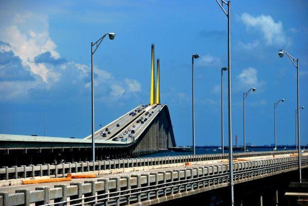Sunshine Skyway Bridge Disaster | Sunshine Skyway Bridge FL travel tourist 9 The Architectural Beauty of ...