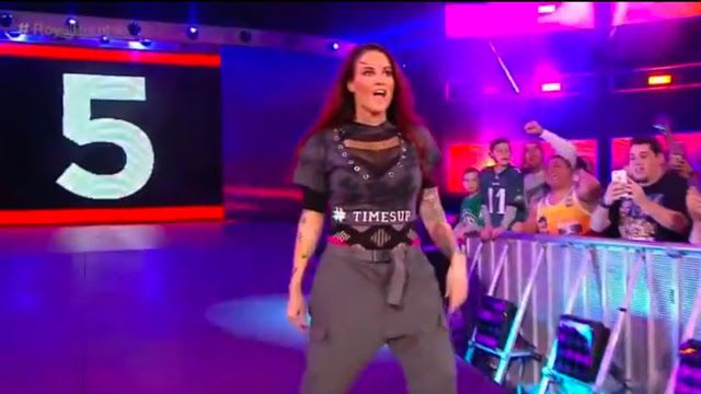 Cheap Heat Wrestling: NEWS: Alundra Blayze No Fan of Lita's Royal Rumble...